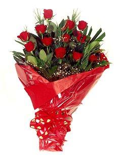 12 adet kirmizi gül buketi  Kırklareli çiçek yolla , çiçek gönder , çiçekçi