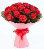 12 adet kırmızı gül buketi  Kırklareli yurtiçi ve yurtdışı çiçek siparişi