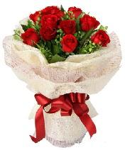 12 adet kırmızı gül buketi  Kırklareli ucuz çiçek gönder