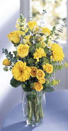 Kırklareli çiçek yolla  sari güller ve gerbera cam yada mika vazo