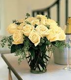 Kırklareli yurtiçi ve yurtdışı çiçek siparişi  11 adet sari gül mika yada cam vazo tanzim