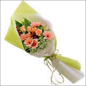 sade güllü buket demeti  Kırklareli güvenli kaliteli hızlı çiçek