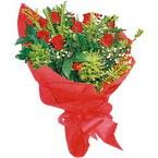10 adet kirmizi gül buketi  Kırklareli 14 şubat sevgililer günü çiçek