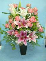 Kırklareli online çiçekçi , çiçek siparişi  cam vazo içerisinde 21 gül 1 kazablanka