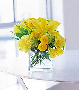 Kırklareli çiçek mağazası , çiçekçi adresleri  sarinin sihri cam içinde görsel sade çiçekler