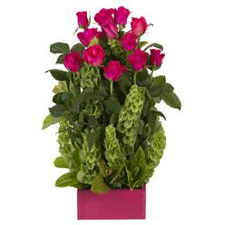 12 adet kirmizi gül aranjmani  Kırklareli internetten çiçek satışı