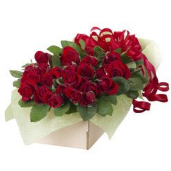 19 adet kirmizi gül buketi  Kırklareli internetten çiçek siparişi