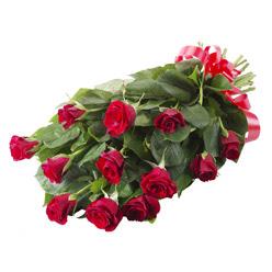11 adet kirmizi gül buketi  Kırklareli çiçek siparişi vermek