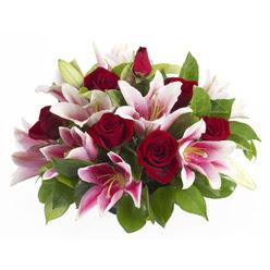 güller ve kazablnaklardan aranjman  Kırklareli ucuz çiçek gönder