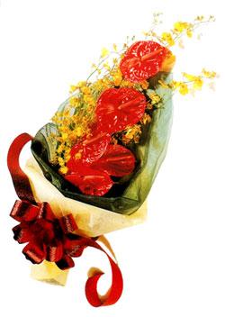 özel 5 adet antorium buketi   Kırklareli uluslararası çiçek gönderme