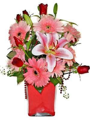 Kırklareli çiçek gönderme  karisik cam yada mika vazoda mevsim çiçekleri mevsim demeti