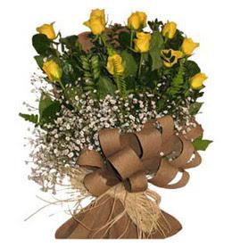 Kırklareli 14 şubat sevgililer günü çiçek  9 adet sari gül buketi