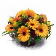 gerbera ve kir çiçek masa aranjmani  Kırklareli çiçek gönderme sitemiz güvenlidir