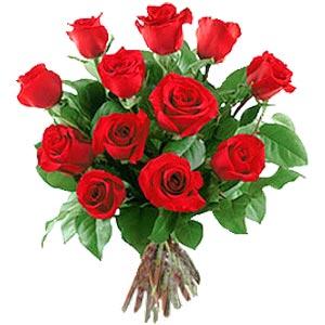 11 adet bakara kirmizi gül buketi  Kırklareli internetten çiçek siparişi