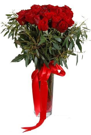 15 adet kirmizi gül cam vazo içerisinde  Kırklareli online çiçekçi , çiçek siparişi