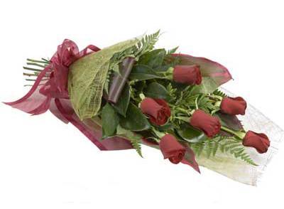 ucuz çiçek siparisi 6 adet kirmizi gül buket  Kırklareli yurtiçi ve yurtdışı çiçek siparişi