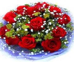 9 adet kirmizi güllerden buket  Kırklareli hediye sevgilime hediye çiçek