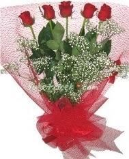5 adet kirmizi gülden buket tanzimi  Kırklareli 14 şubat sevgililer günü çiçek