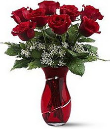 Vazo içinde 8 adet kirmizilar içinde güller  Kırklareli İnternetten çiçek siparişi