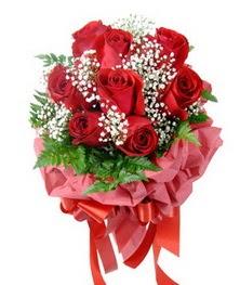 9 adet en kaliteli gülden kirmizi buket  Kırklareli çiçek siparişi sitesi