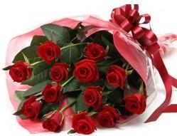 Kırklareli ucuz çiçek gönder  10 adet kipkirmizi güllerden buket tanzimi