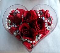 Kırklareli çiçek gönderme  mika kalp içerisinde 3 adet gül ve taslar