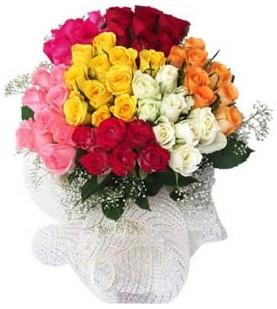 Kırklareli hediye sevgilime hediye çiçek  51 adet farklı renklerde gül buketi