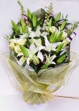 Kırklareli çiçek siparişi sitesi  3 adet kazablankalardan görsel buket çiçeği