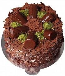 6 ile 9 kişilik Çikolatalı Muzlu yaş pasta