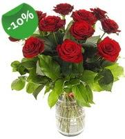 11 adet vazo içerisinde kırmızı gül  Kırklareli çiçek yolla