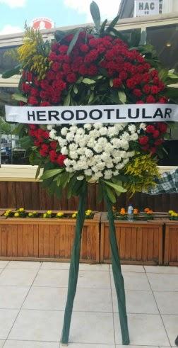 Cenaze çelengi cenazeye çiçek modeli  Kırklareli çiçek online çiçek siparişi