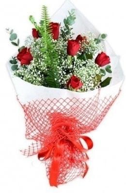 7 adet gülden kız arkadaşıma çiçek  Kırklareli hediye sevgilime hediye çiçek