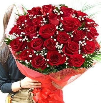 Kız isteme çiçeği buketi 33 adet kırmızı gül  Kırklareli uluslararası çiçek gönderme